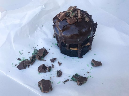 Bloubergstrand, Zuid-Afrika: Caramel-Mint Chocolate cake