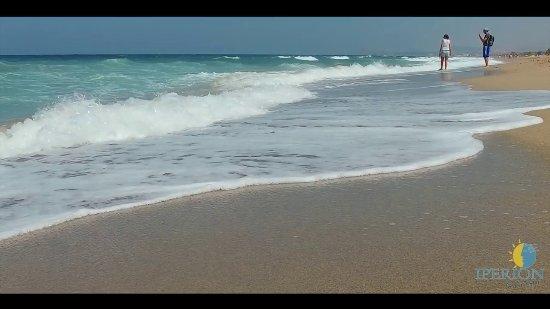 Iperion Beach Hotel ภาพถ่าย