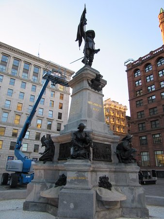 Montreal, Canada: the monument at the center square