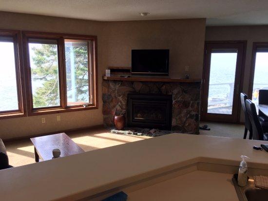 Tofte, MN: Living room
