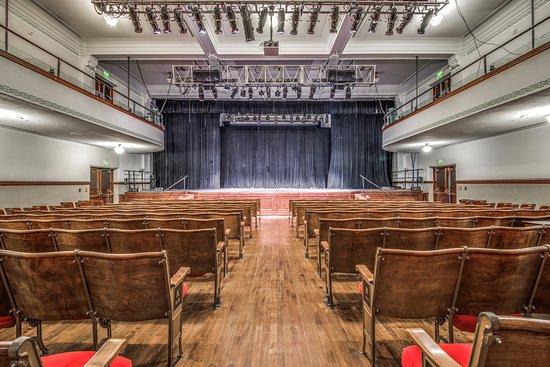 McKinney, TX: Courthroom Theater.