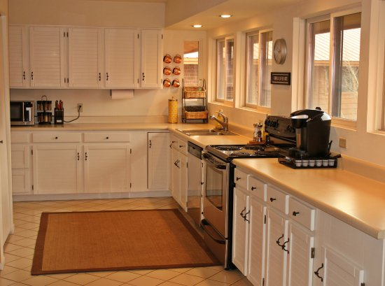 Wildernest Vacation Rentals: Beautiful kitchen in one of our Frisco units!