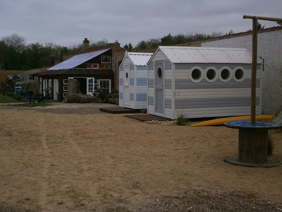 Horncastle, UK: Beach huts at the Walled Garden Baumber