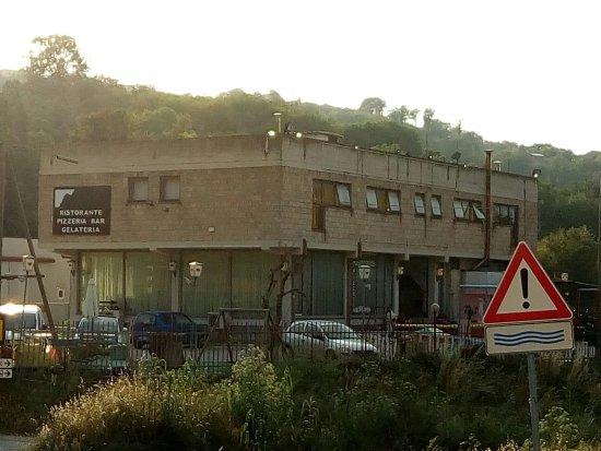 Stroncone, Italy: Il portale