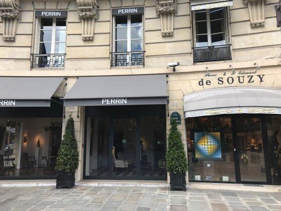 Rue du Faubourg Saint-Honore: photo9.jpg