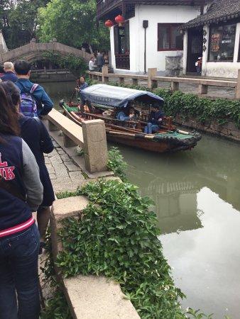 "Kunshan, Kina: ""gondole"" locali : sampan"