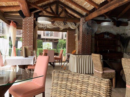 Achtis Hotel: Restaurant