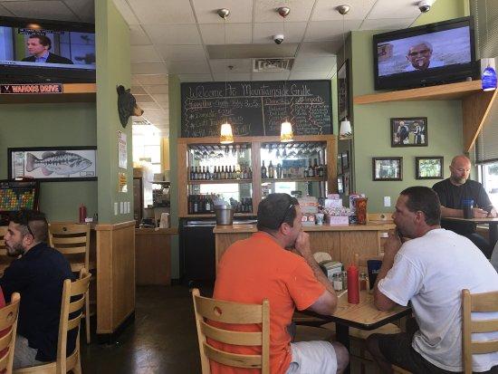 Crozet, VA: Mountainside Grille