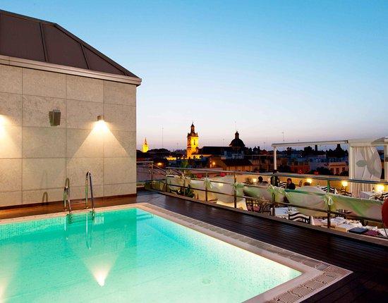 Piscina foto de sevilla center hotel sevilha tripadvisor for Piscina melia lebreros sevilla