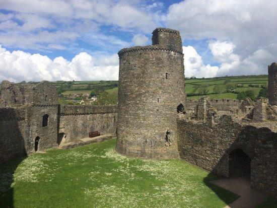 Kidwelly Castle: photo0.jpg