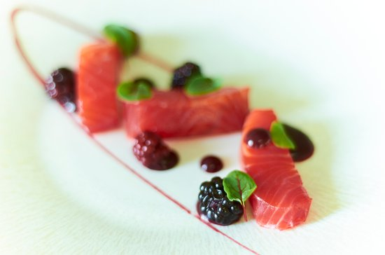 Stoke Poges, UK: Home Smoked Trout, Summer Berries