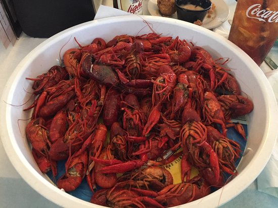 Harahan, LA: Charles Seafood