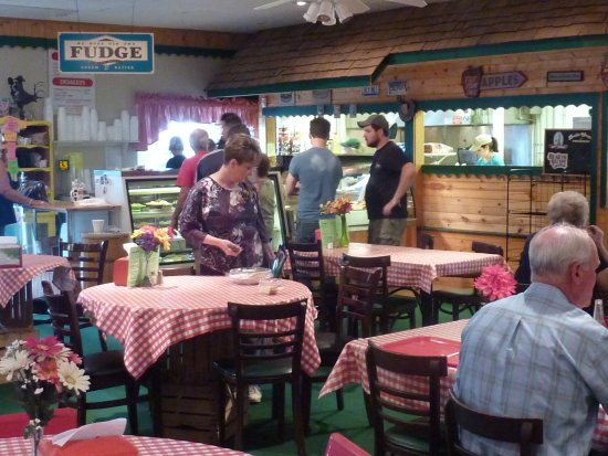 Springboro, OH: Lovely's Farm Market & Country Cafe