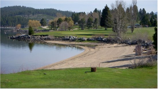 Golf course right on Lake Cascade, the perfect setting on a summer day.
