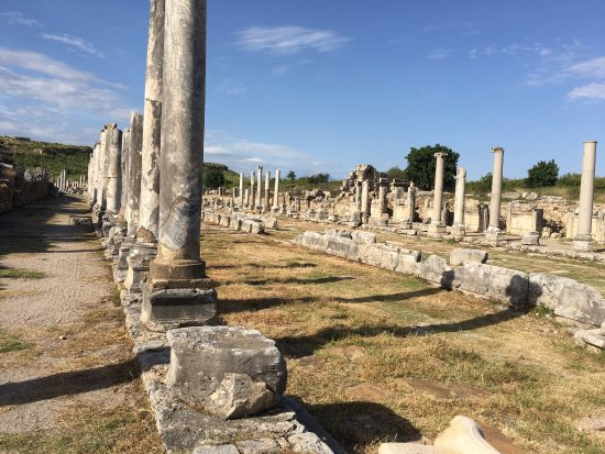 Perge Ancient City : photo1.jpg
