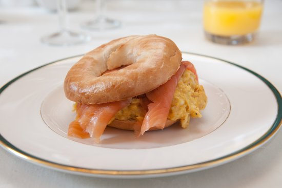 Tavistock, UK: Smoked salmon with creamy scrampled egg and alternative to a farmhouse breakfast