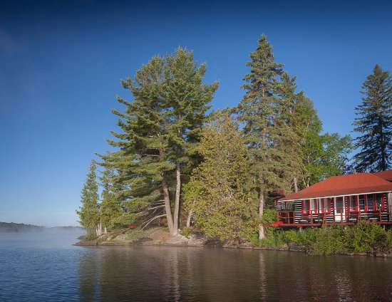 Hotels Near Algonquin Park Canada