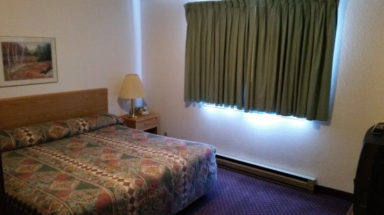 Travelodge by Wyndham Deer Lodge Montana Picture
