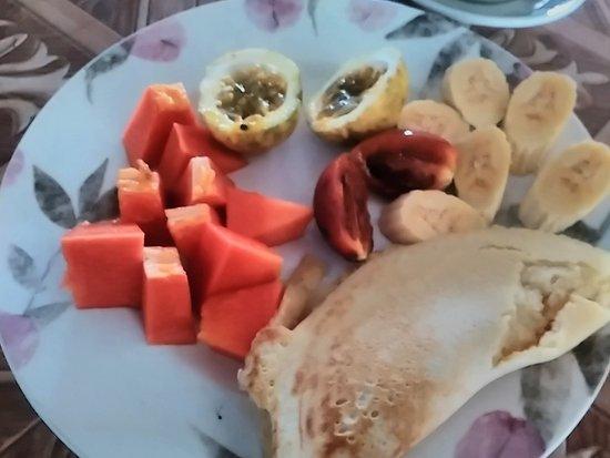 Moni, Indonesia: breakfast