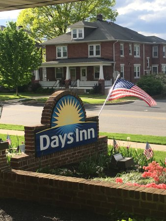 Days Inn by Wyndham Hershey Photo