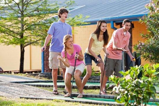 Tonawanda, État de New York : Mini Golf