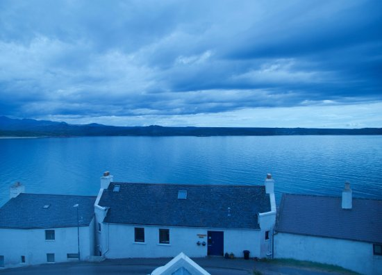 Gairloch, UK: Incredible loch view from one of our cozy en-suites!