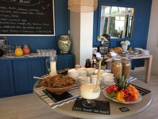Boskerris Hotel: Bountiful breakfast. A feast for the eyes and tastebuds!
