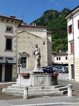 Fontana degli Arditi