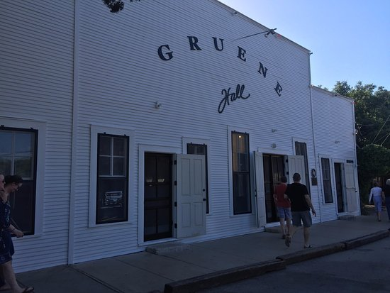 front of oldest dance hall in texas picture of gruene hall new