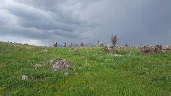 Karahundj (Armenia's Stonehenge) : Outside view