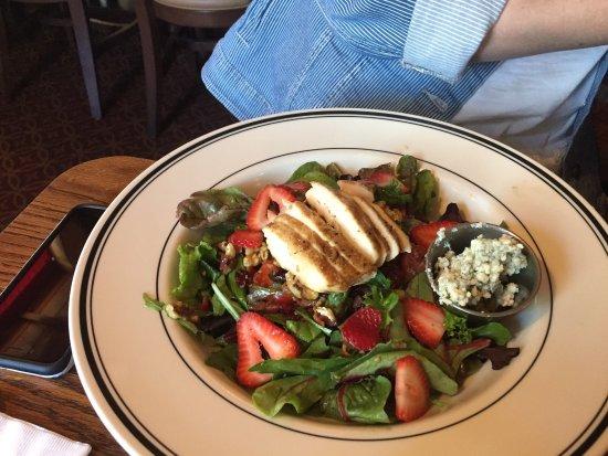 Mimi's Cafe: photo0.jpg