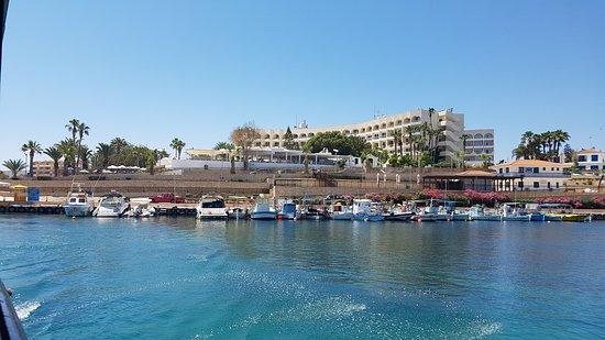 Golden Coast Beach Hotel: 20170512_112413_large.jpg