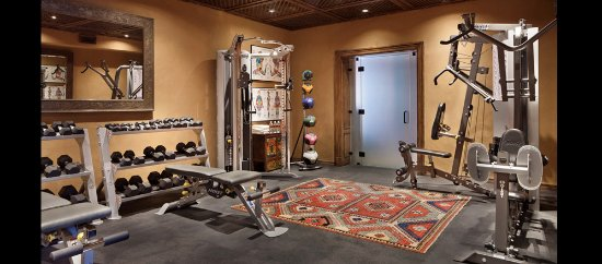 Inn of the Five Graces: Five Graces Fitness Center - Weight Room
