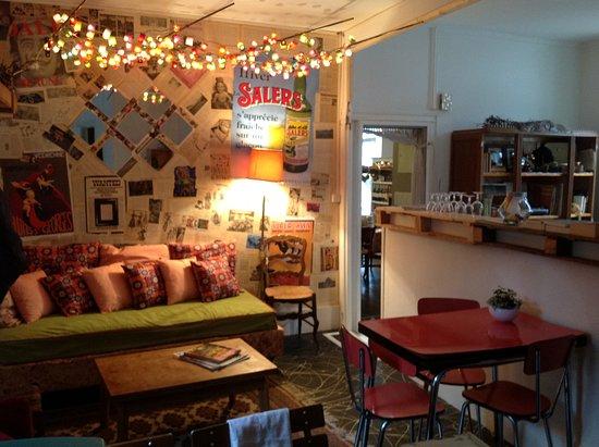 petit coin salon photo de la jeannette gevrey chambertin tripadvisor. Black Bedroom Furniture Sets. Home Design Ideas