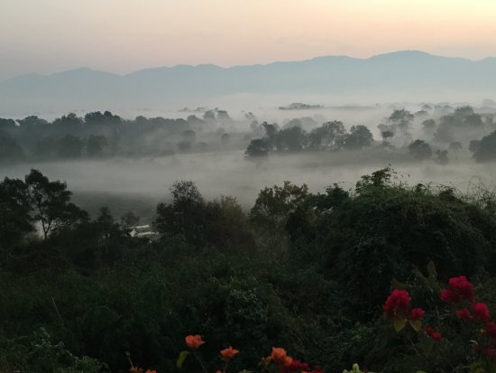 Anantara Golden Triangle Elephant Camp & Resort: Morning over the Mekong