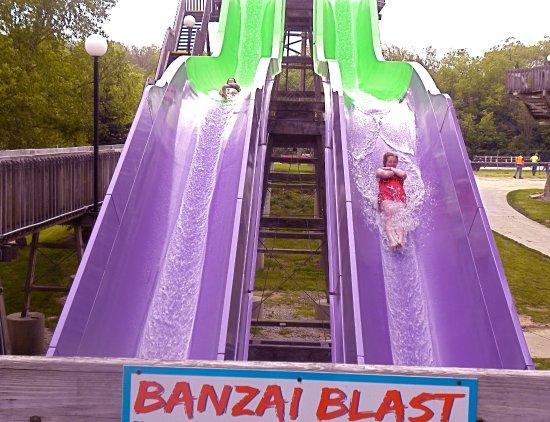 The Beach Waterpark: Banzai blast