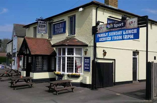 Gravesend, UK: Railway Tavern