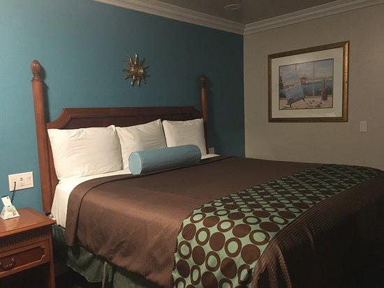 Continental Lodge: photo0.jpg
