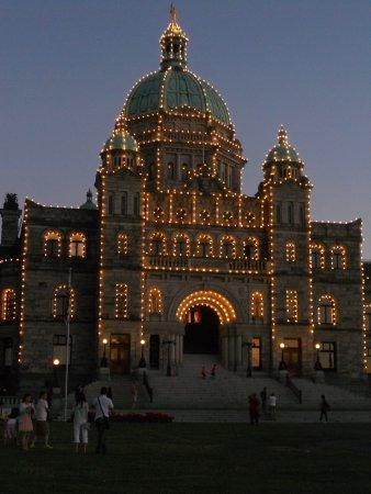 Government Street: Nightly light up