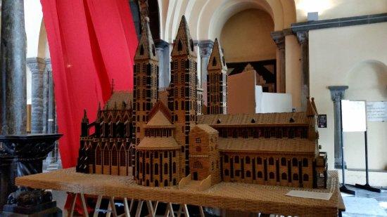 Tournai, Belçika: Miniatura