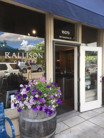 Sherwood, OR: Rallison Cellars