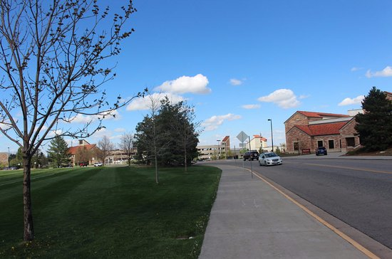 Boulder, CO: Campus road