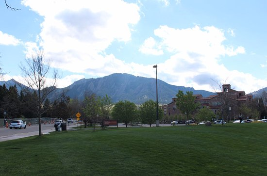 Boulder, CO: View of the Flatiron from CU campus