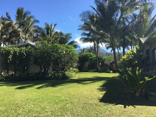Haena, HI: Hale Makai Cottages' Grounds