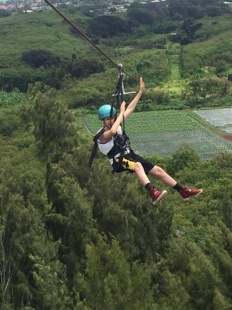 Kahuku, Hawaï : Zip Line fun at CLIMB works! Must do in Oahu!
