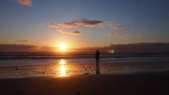Invercargill, New Zealand: Gemstone Beach (Orepuki), between Riverton and Te Anau at sunset!