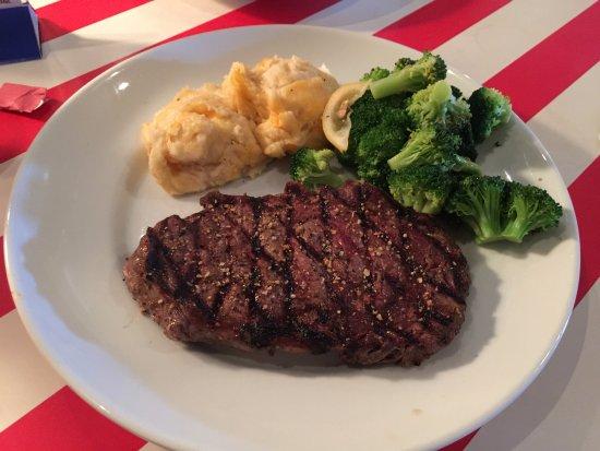 Stow, Огайо: Don't order this Ribeye Steak.