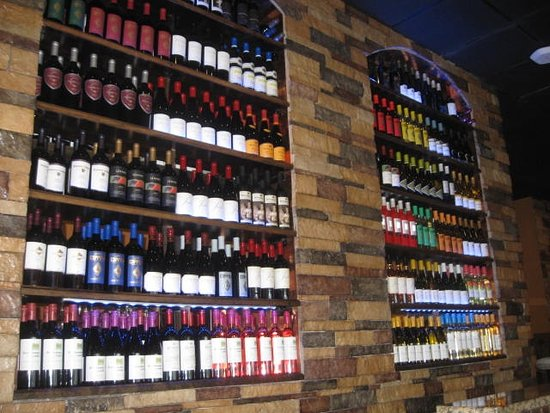 New Port Richey, FL: Great Wine Selection