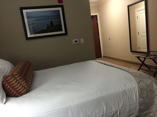 Smith River, CA: Standard 2 queen room.