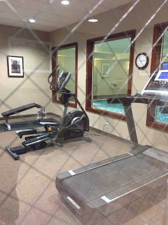 Smith River, CA: Small but nice gym and indoor pool.